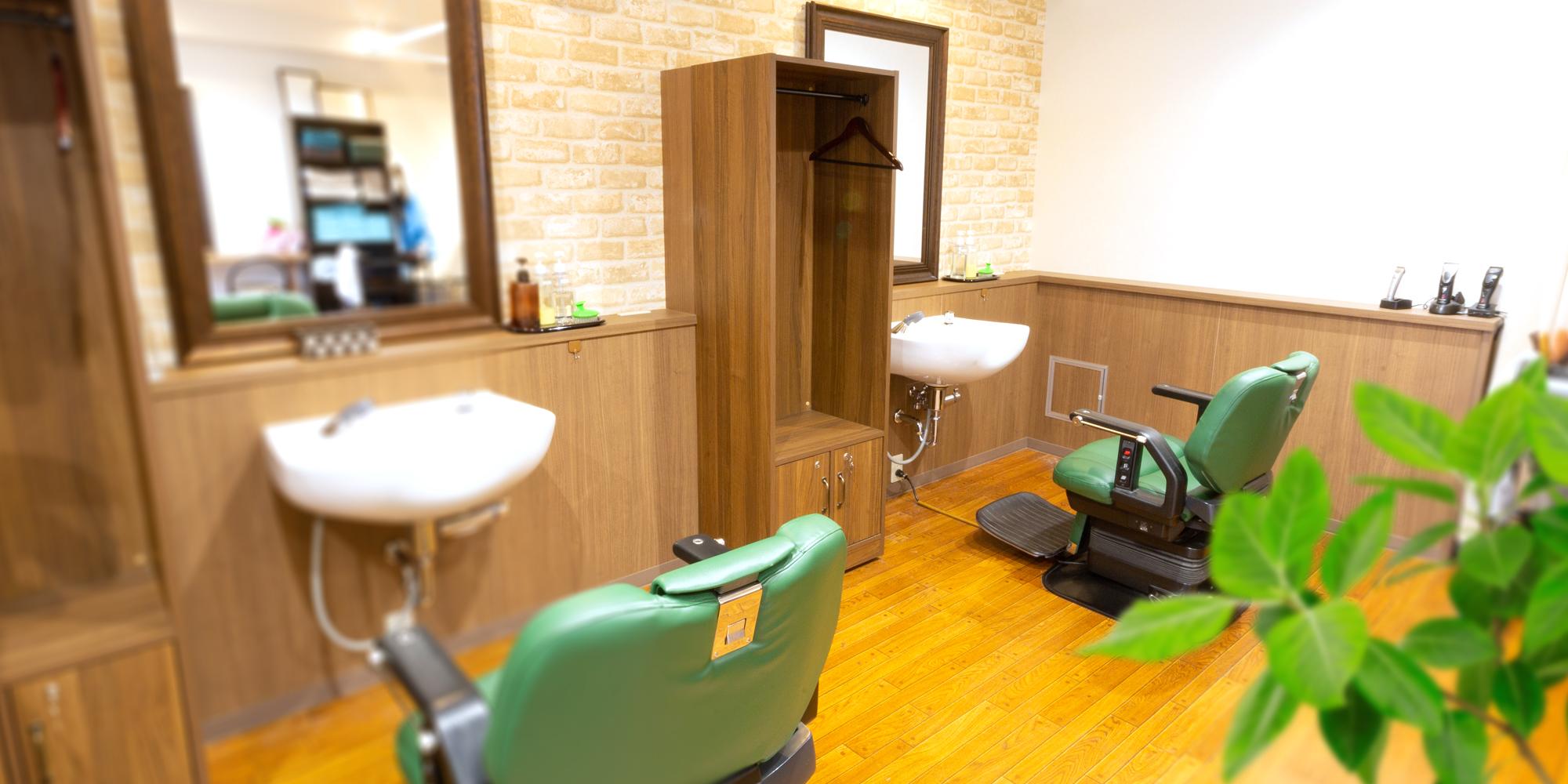 落ち着きある雰囲気の新感覚理容室